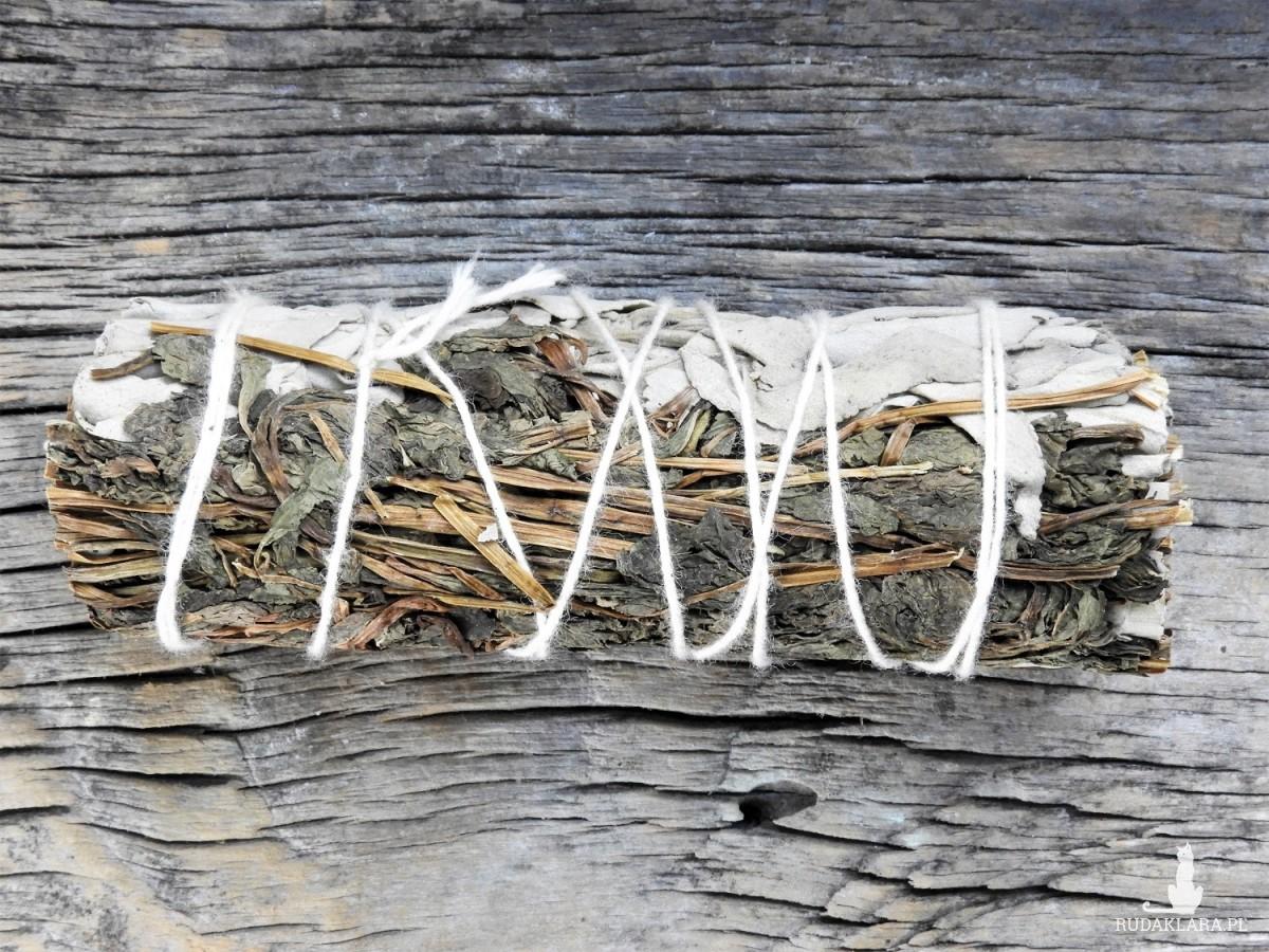 Kadzidło w pęczku biała szałwia i mięta pieprzowa