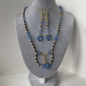 Komplet biżuterii z kryształkami