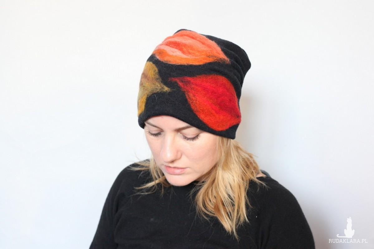 czapka handmade czesanką filcowane czapki wełniane P1