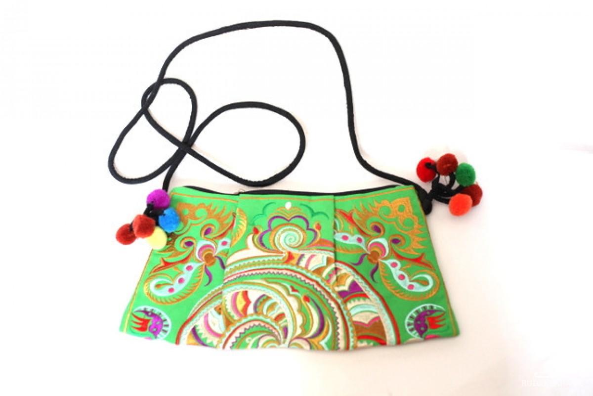 torebka damska hmong, haftowana etniczna w stylu boho X1