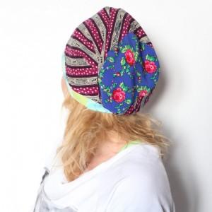 czapka damska ludowa w kwiaty i wzory