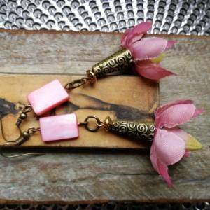 kolczyki kwiaty magnolia wiosna muszle
