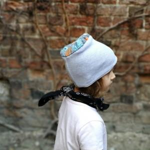 czapka dziecięca dresowa miękka szara