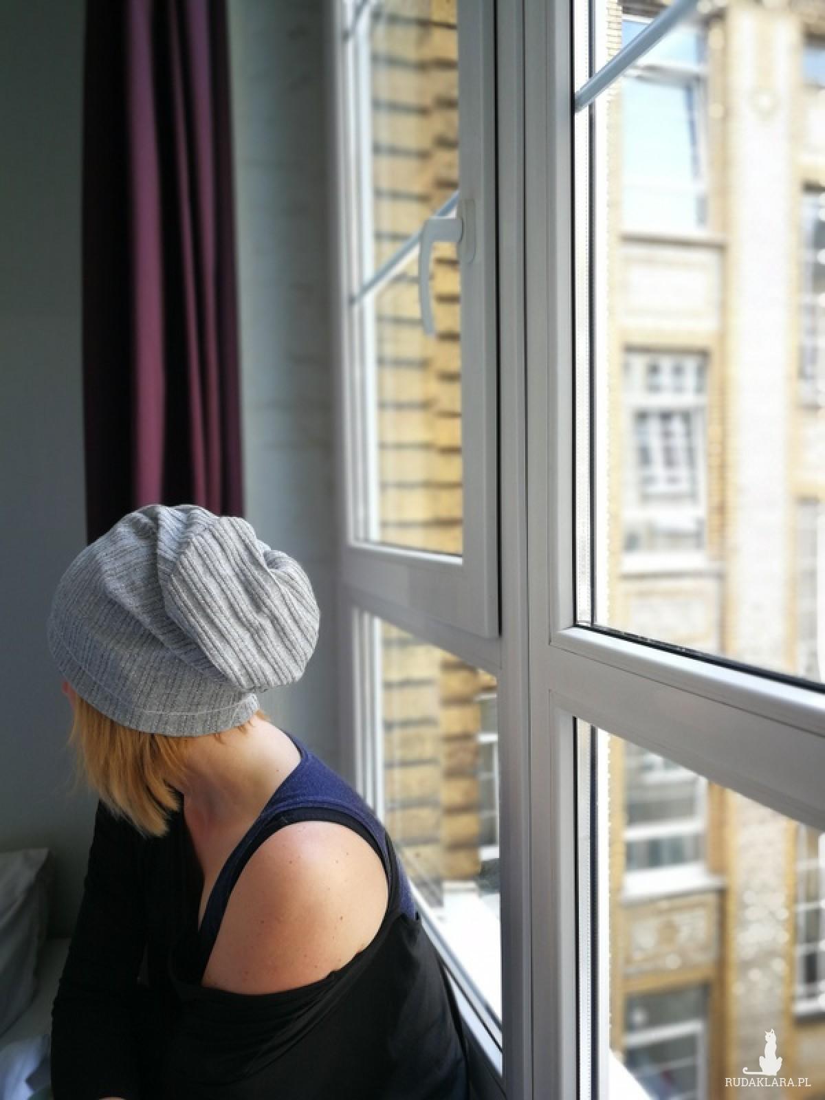 czapka damska srebrna przejściówka