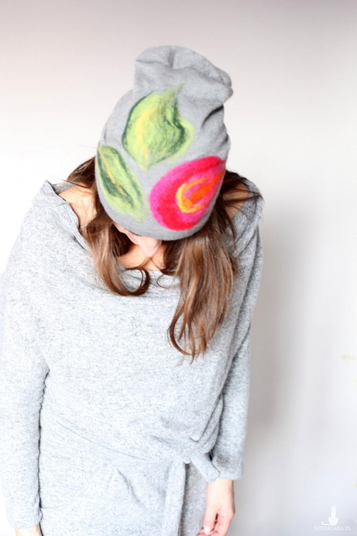 czapka handmade czesanką filcowane czapki wełniane F1