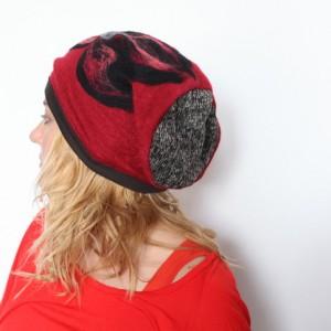 czapka handmade  czesanką filcowane