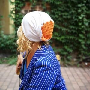 czapka damska szara z pomarańczem dzianina miękka sport