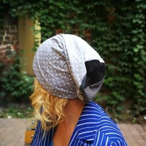 czapka damska dzianina szara w grochy