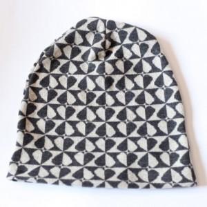 czapka handmade wiosenna szachownica