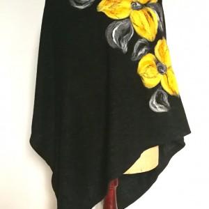 czarne pocho filcowane wełną merynosów handmade