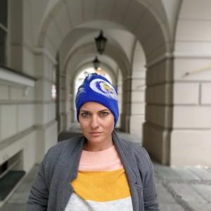 czapka wełniana filcowana niebieska na podszewce