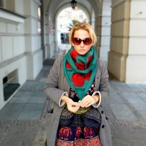 turkusowa chusta handmade wełniana