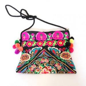 torba z pomponami haftowana