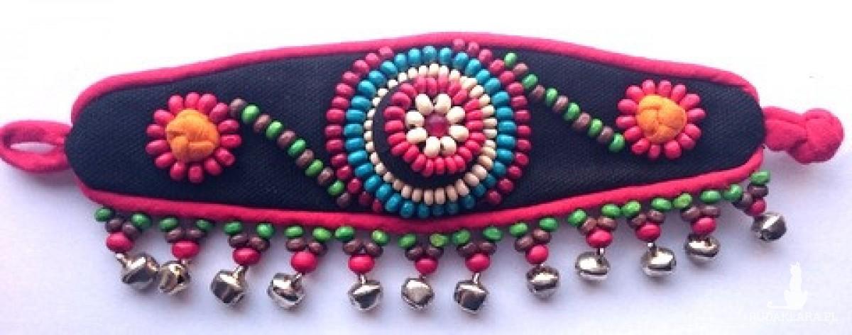 bransoletka handmade z materiału wyszywana