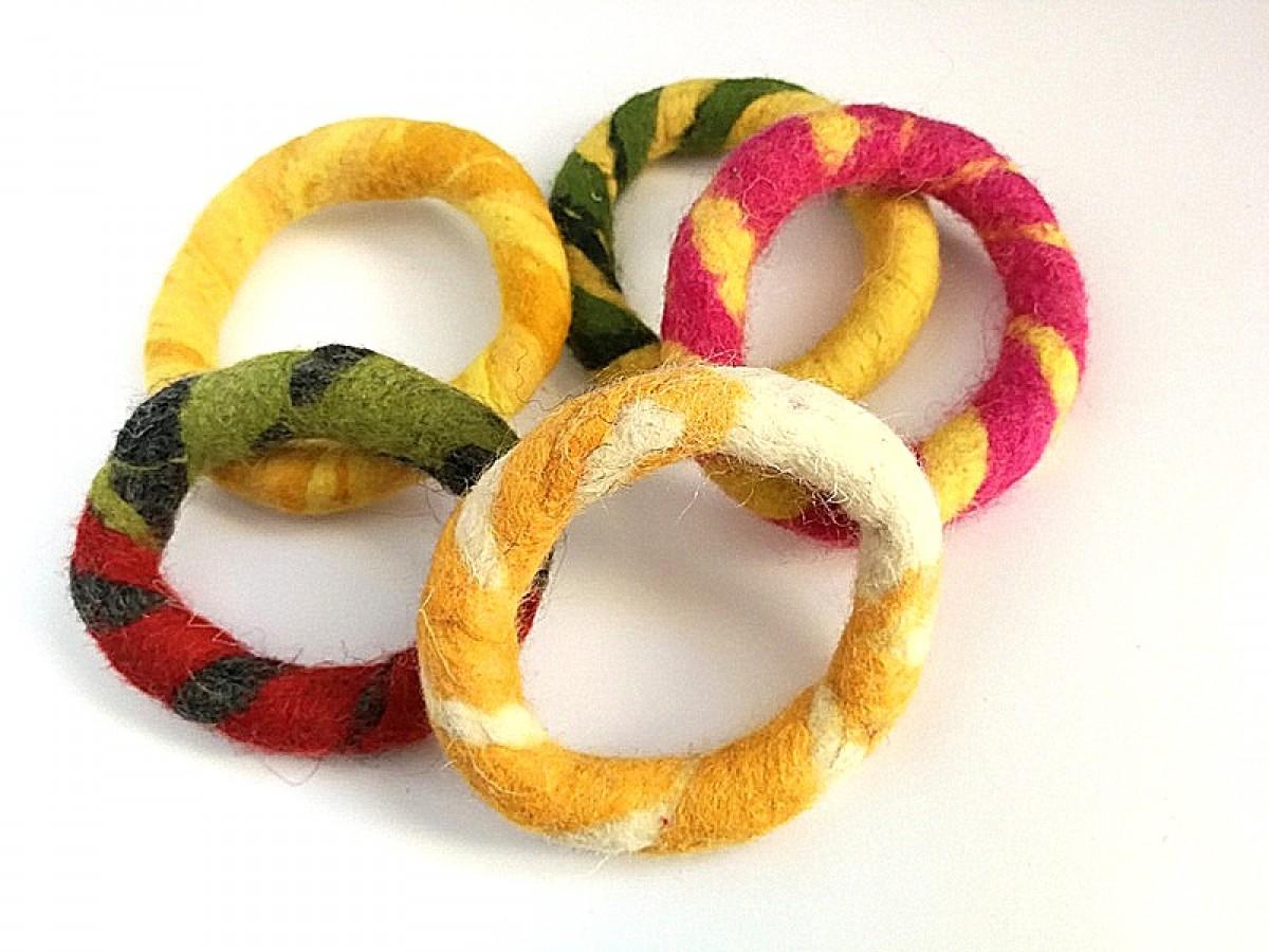 bransoletka ręcznie formowana filcowa jesienna handmade