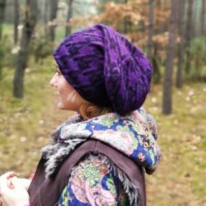 czapka damska męska fioletowa długa boho zimowa handmade we wzory