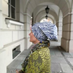 czapka damska niebieska wzorzysta styl boho