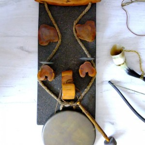 Gong dekoracyjny z miedzianą tarczą