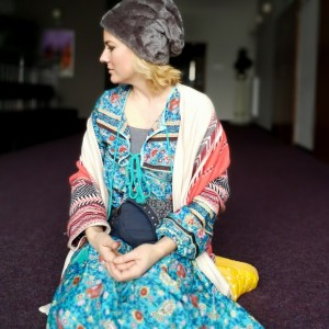czapka futrzana zimowa ciepła handmade kolor szara