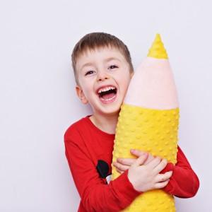 Kredka minky, poduszka dla dziecka, zagłówek dla dziecka, miękka kredka, duża kredka żółta