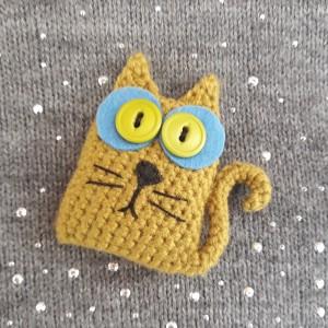 Broszka szydełkowa kotek 002