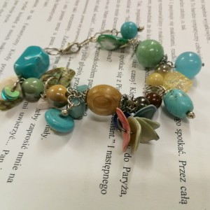 bransoletka kolorowa koralikowa damska wiosenna