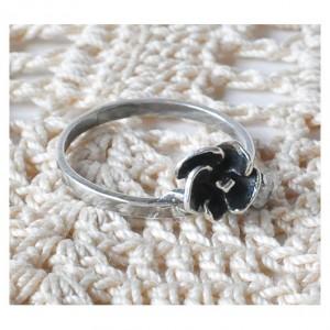 46 pierścionek vintage, srebrny pierścionek, kwiatek z cyrkonią;