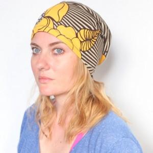 czapka damska wiosenna kwiatowa