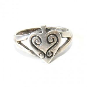 50 pierścionek vintage, srebrny, oryginalny, niespotykany kształt; na prezent, na co dzień;