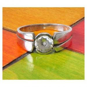 54 pierścionek vintage, pierścionek z cyrkonią; efektowny ale prosty wzór; polecam :-)