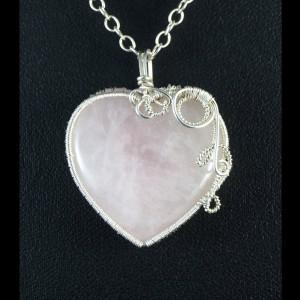 Kwarc różowy, Srebrny wisiorek z kwarcem różowym, ręcznie wykonany, prezent dla niej, prezent dla mamy prezent urodzinowy biżuteria autorska