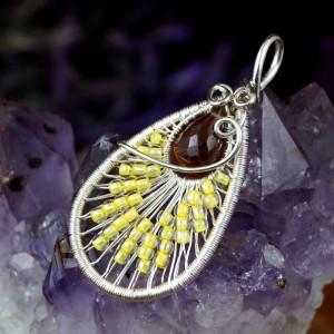 Delikatny cytryn, Srebrny wisiorek z cytrynem, ręcznie wykonany, prezent dla niej, prezent dla mamy, prezent urodzinowy, biżuteria autorska