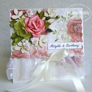 Personalizowana kwiatowa ślubna kopertówka