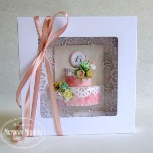 Osiemnaste urodziny, kartka z przestrzennym tortem