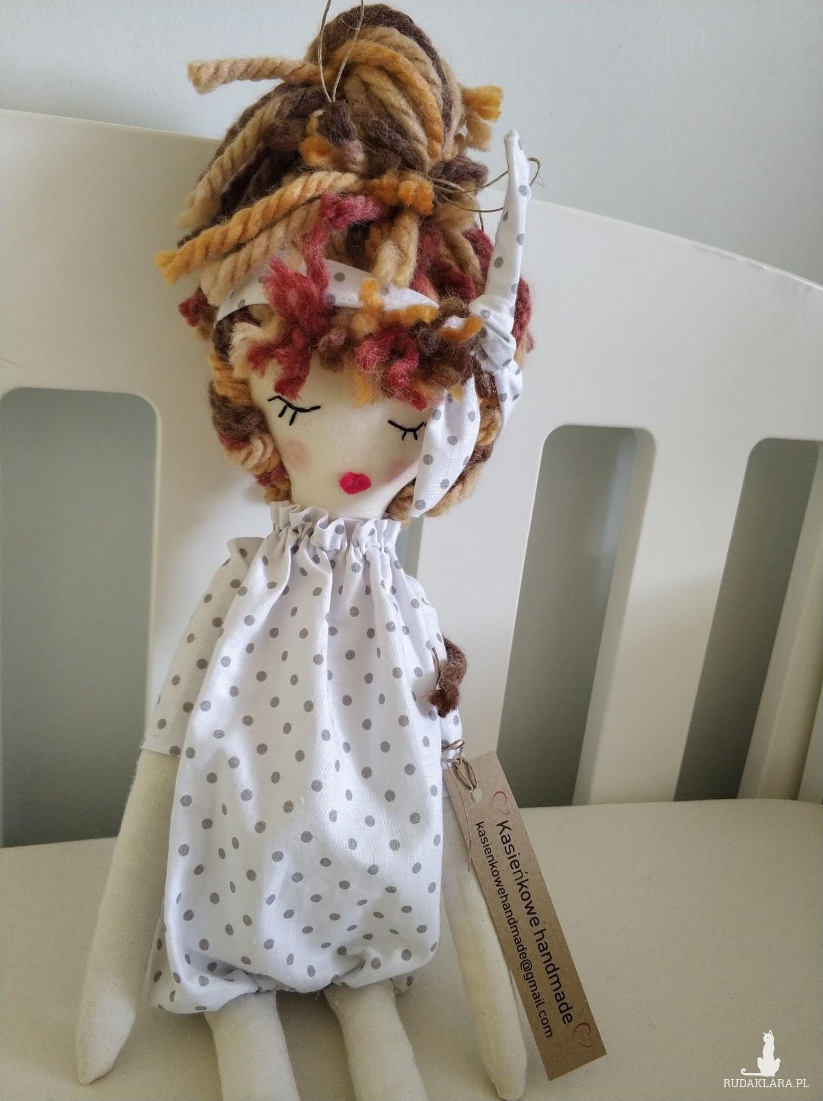 Lalka szyta Ania