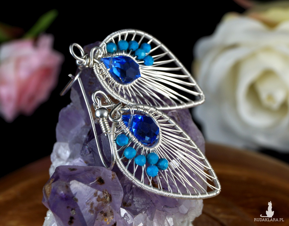 Kryształ, Srebrne kolczyki z kryształem i kuleczkami magnezytu, ręcznie wykonany, prezent dla niej, prezent dla mamy, prezent urodzinowy,