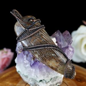 Skamielina, Miedziany wisior ze skamieliną, ręcznie wykonany, prezent dla niej, prezent dla mamy, prezent urodzinowy, biżuteria autorska
