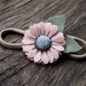 Opaska do włosów z kwiatkiem pink
