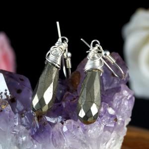 Srebrne kolczyki z kropelkami pirytu, prezent dla niej, prezent dla mamy, prezent dla żony, ręcznie robiona biżuteria, wire wrapped