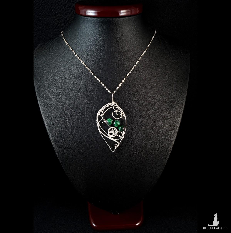 Rubin w zoisycie, Srebrny wisior w kształcie listka, ręcznie wykonany, prezent dla niej, prezent dla mamy, prezent urodzinowy, biżuteria