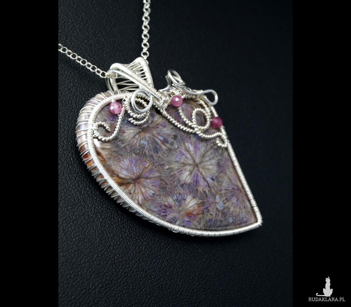 Skamielina koralu, Srebrny wisior ze skamieliną, ręcznie wykonany, prezent dla niej, prezent dla mamy, prezent urodzinowy biżuteria autorska