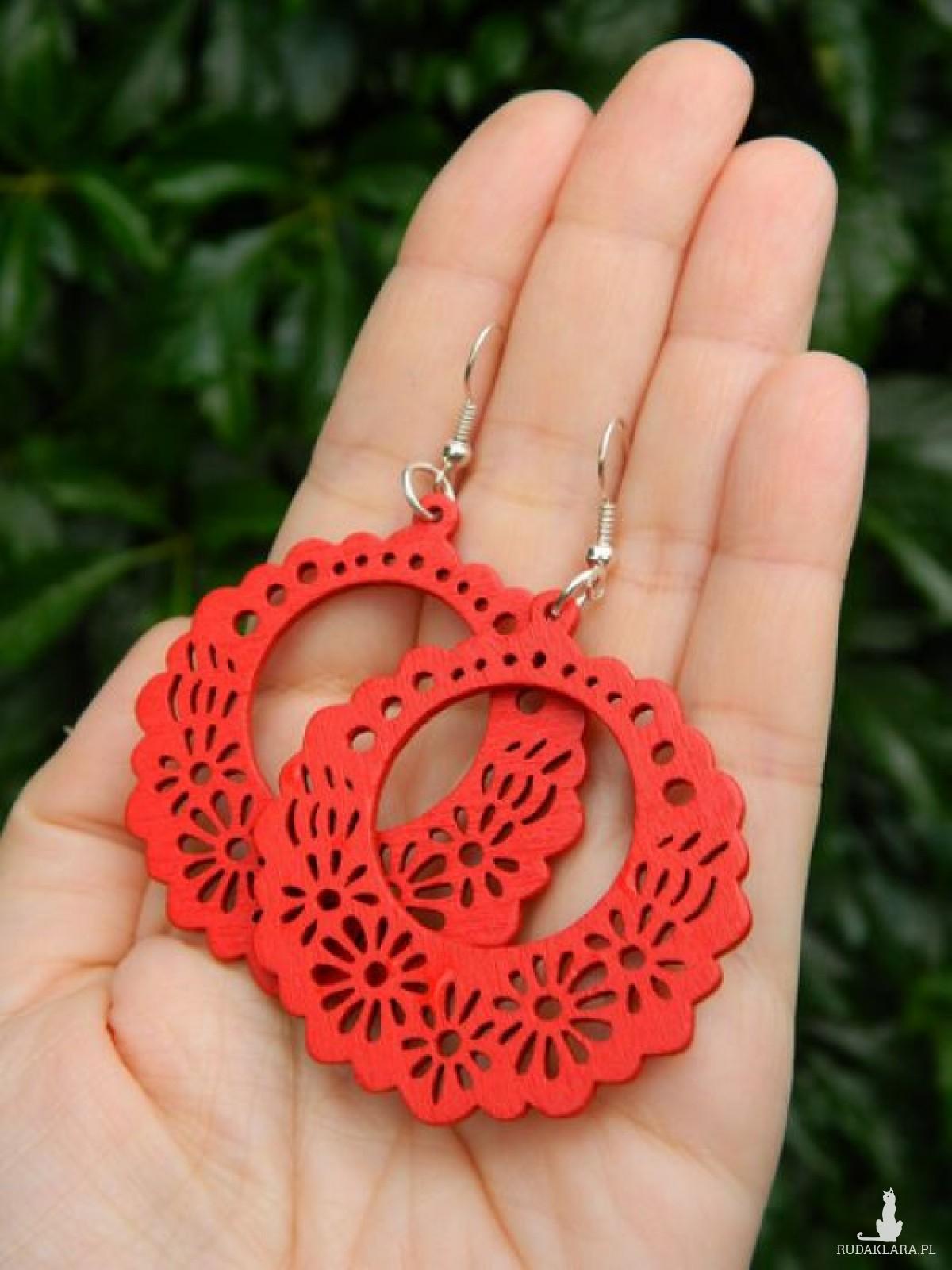 Kolczyki czerwone z drewna, kolczyki flamenco, lekkie ażurowe kolczyki