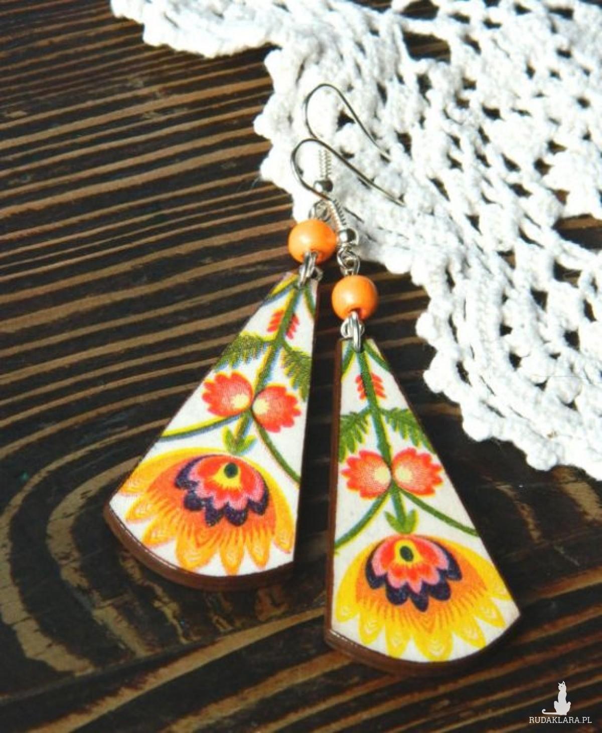Folkowe kolczyki łezki z koralikiem, ludowe kwiaty, słowianki, biżuteria folk boho etno