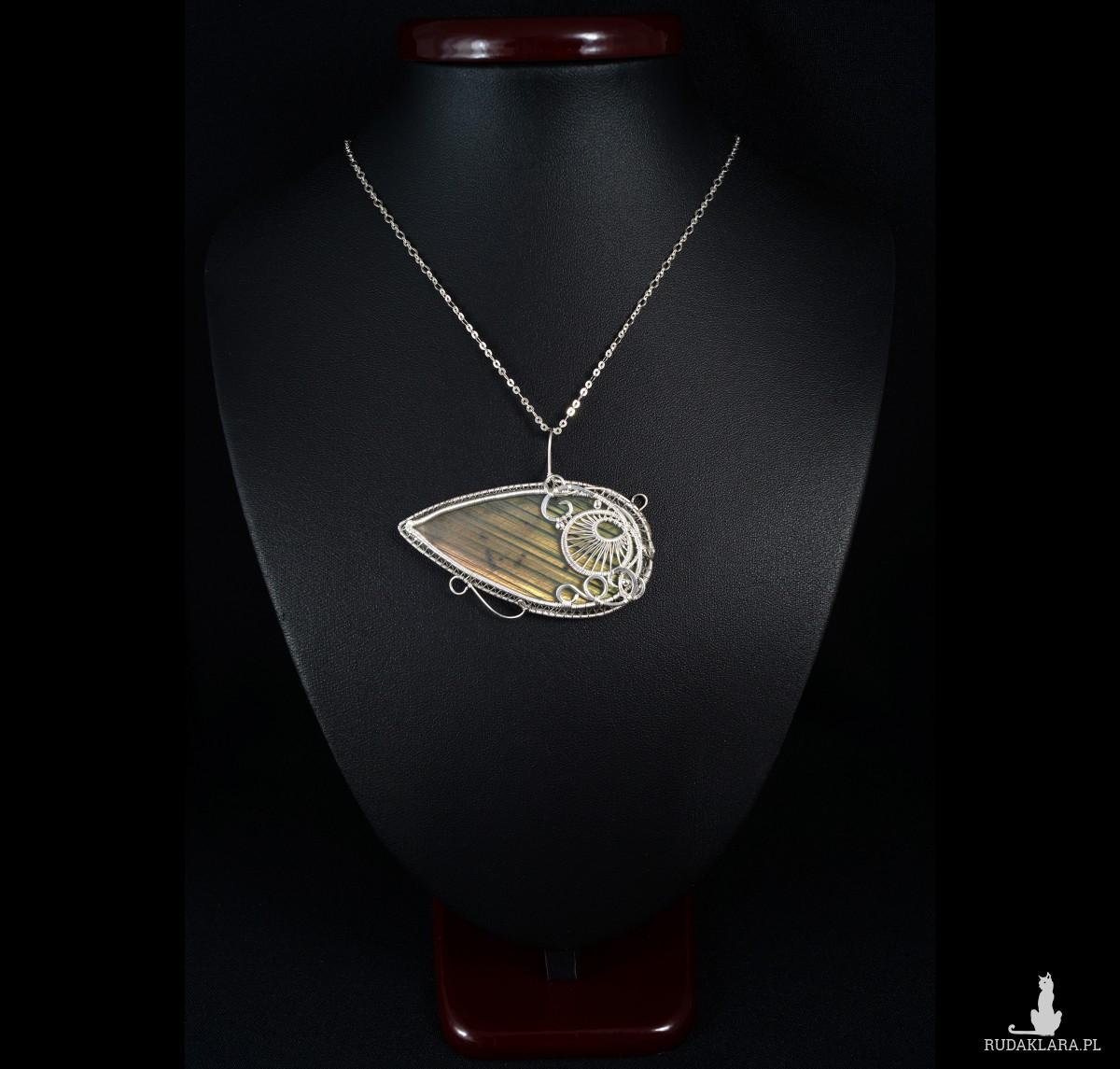 Pomarańczowy Labradoryt, Srebrny wisiorek z Labradorytem, ręcznie wykonany, prezent dla niej, prezent dla mamy, prezent urodzinowy,