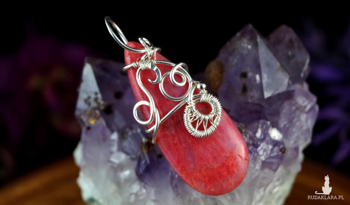 Rodochrozyt, Srebrny wisiorek z rodochrozytem, ręcznie wykonany, prezent dla niej, prezent dla mamy, prezent urodzinowy, biżuteria autorska