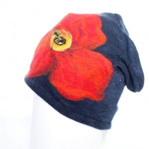 czapka wełniana filcowana ciepła w kwiaty