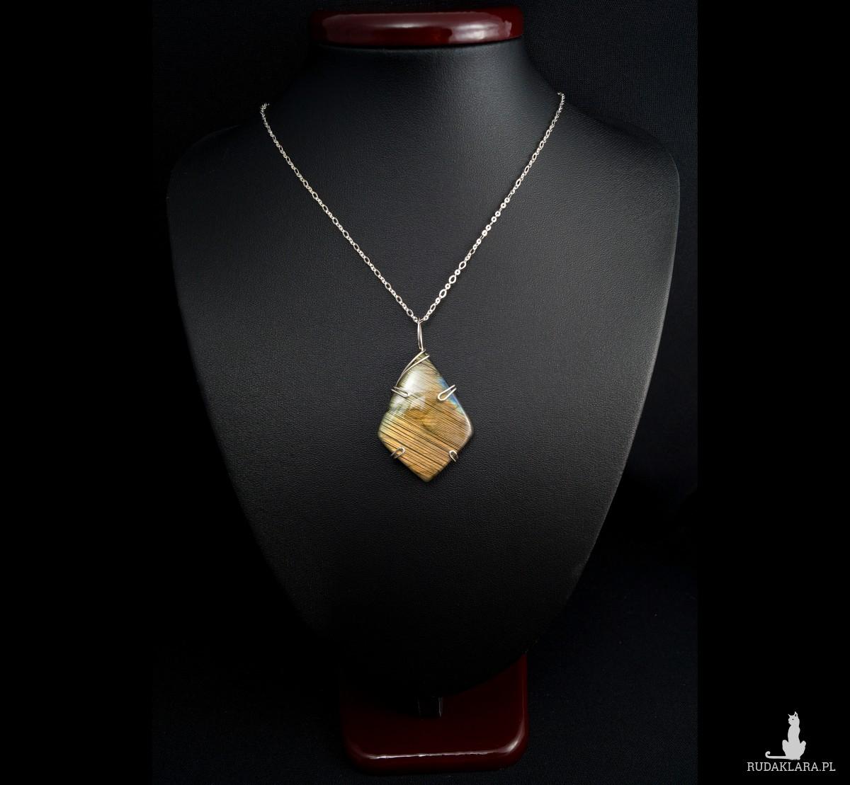 Labradoryt pomarańczowy Srebrny wisiorek z labradorytem, ręcznie wykonany, prezent dla niej, prezent dla mamy, prezent urodzinowy, biżuteria
