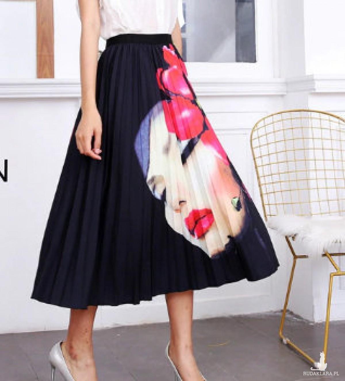 plisowana spódnica rozmiar M motyw kobieta z kwiatem