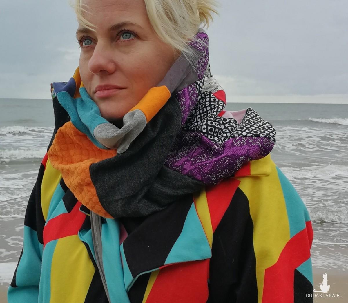 komin damski szyty patchworkowo handmade- box 44- uwaga poezja- zdesperowana prosiła o awans w szpagacie online na czacie