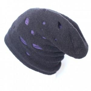 czarna czapka damska ciepła